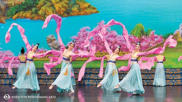 Shen Yun Performing Arts at San Diego Civic Theatre
